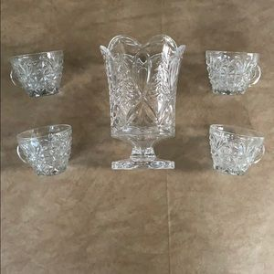 Lot of vintage glass vase and four cups/mugs